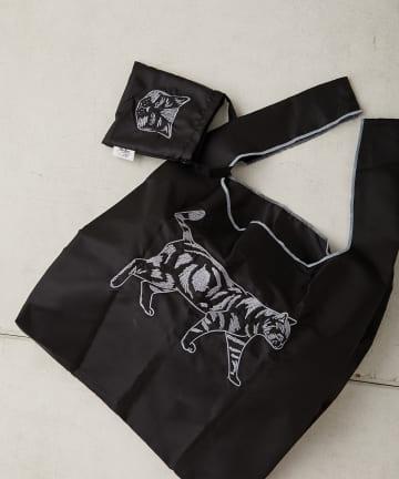 ear PAPILLONNER(イア パピヨネ) 刺繍ネコ エコバッグ収納用ミニバッグ付き