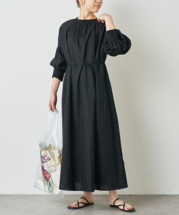 Omekashi(オメカシ) シャーリングネックワンピース