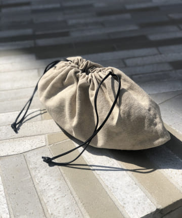 un dix cors(アンディコール) 《予約》WEB限定【生地の織にこだわりを感じる】コンビ巾着バッグ