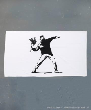 3COINS(スリーコインズ) 【ASOKO】Banksy's Graffiti バスタオル
