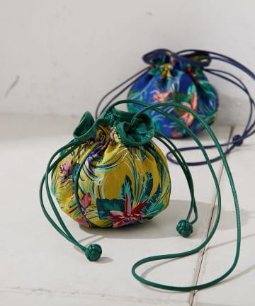 ear PAPILLONNER(イア パピヨネ) 金魚鉢巾着ショルダーバッグ