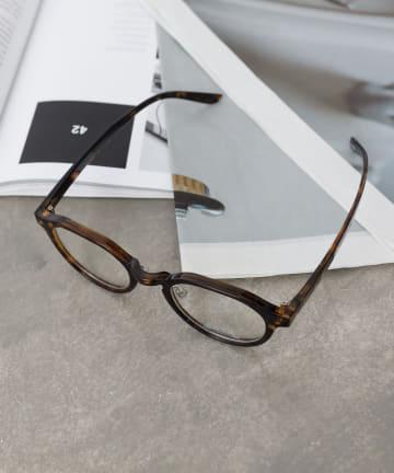 COLONY 2139(コロニー トゥーワンスリーナイン) 《UVカット99%》変形太フレームサングラス/伊達眼鏡