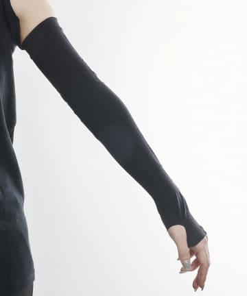 3COINS(スリーコインズ) 【快適な日差し対策】冷感スポーツアームカバー【Mサイズ】