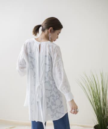 mona Belinda(モナ ベリンダ) 《WEB限定》シアージャガードバックリボンシャツ