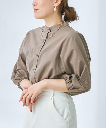 prose verse(プロズヴェール) 刺繍入りボリューム袖シャツ