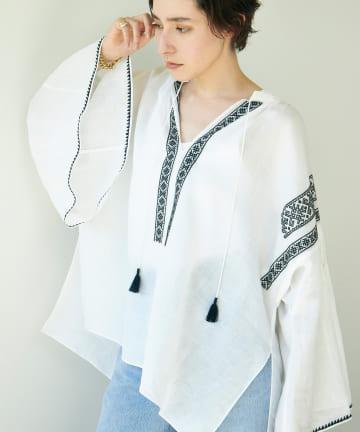 GALLARDAGALANTE(ガリャルダガランテ) 刺繍ブラウス