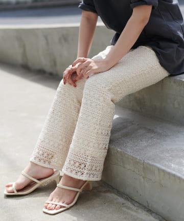 natural couture(ナチュラルクチュール) 透かし編みレースパンツ