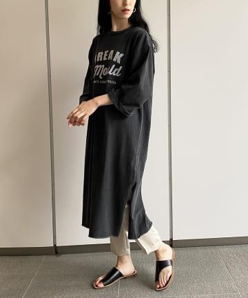 Loungedress(ラウンジドレス) 【+81BRANCA/ハチイチブランカ】ロゴプリントワンピース