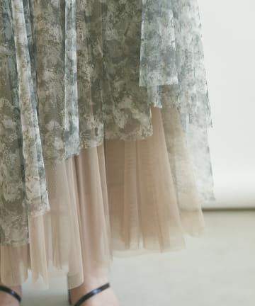 mona Belinda(モナ ベリンダ) ボカシ柄チュールスカート