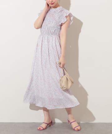 natural couture(ナチュラルクチュール) 【WEB限定】シャーリングフレア袖フリルワンピース