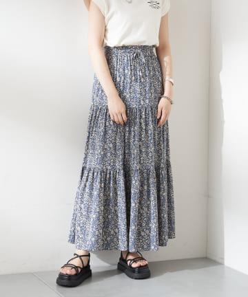 who's who Chico(フーズフーチコ) 単色花柄ティアードスカート