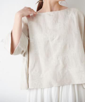 pual ce cin(ピュアルセシン) リリー刺繍ブラウス