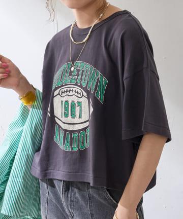Discoat(ディスコート) フットボールプリントTシャツ