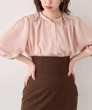 natural couture(ナチュラルクチュール) マット金釦とろみサテン6分袖ブラウス