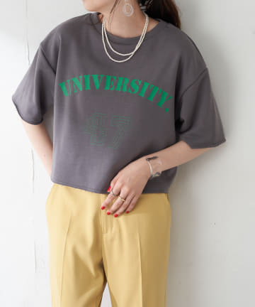 Discoat(ディスコート) 【WEB限定】裏毛カレッジロゴTシャツ