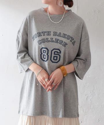 Discoat(ディスコート) 【WEB限定】ビッグルーズカレッジロゴTシャツ