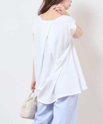 natural couture(ナチュラルクチュール) Aラインノースリーブプルオーバー