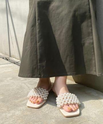 natural couture(ナチュラルクチュール) クリアパールサンダル