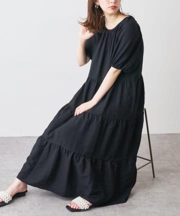natural couture(ナチュラルクチュール) シャーリングティアードリラックスワンピース