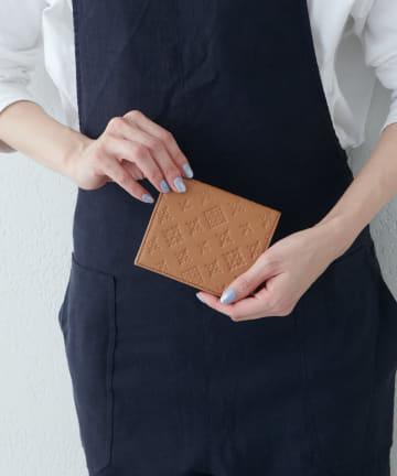 russet(ラシット) 折財布【モノグラムプレスレザー】(SO-325)