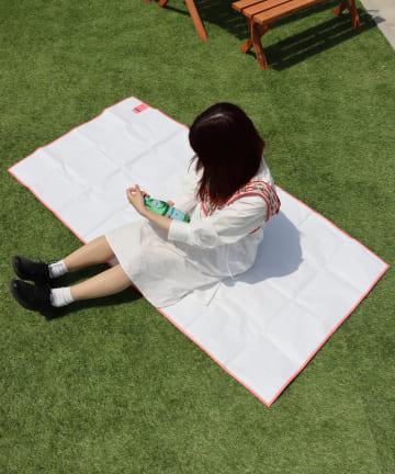 3COINS(スリーコインズ) 【GIRLY PICNIC】レジャーシート【Lサイズ】