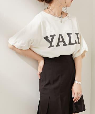 who's who Chico(フーズフーチコ) YALEロゴプリントラグビーTシャツ