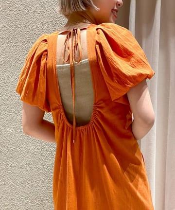 SHENERY(シーナリー) バックシャンパフスリーブドレス