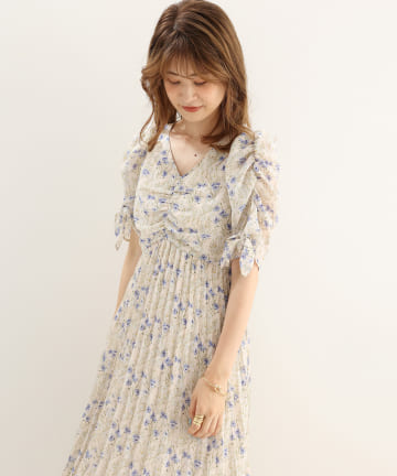 one after another NICE CLAUP(ワンアフターアナザー ナイスクラップ) 【Cherie chuu】pleats flower onepiece