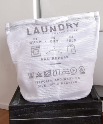 3COINS(スリーコインズ) 【お洗濯をより快適に】3ポケットランドリーネット