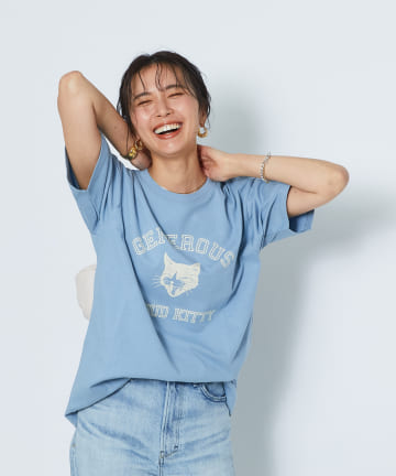 RIVE DROITE(リヴドロワ) 【休日スタイルに欠かせない一枚】PROUD KITTY COLLEGE Tシャツ