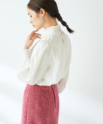 La boutique BonBon(ラブティックボンボン) 【COZスタイル・女性らしいデザイン】スタンドシャーリングブラウス