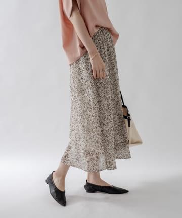 un dix cors(アンディコール) 【甘すぎない大人の花柄スカート】オータムフラワープリントギャザースカート