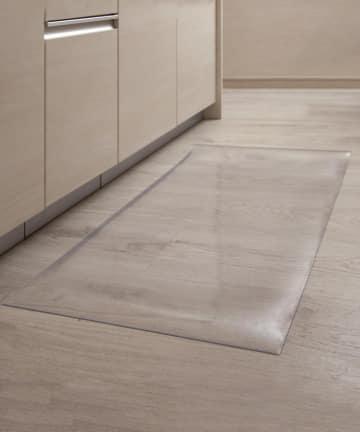 3COINS(スリーコインズ) 【床を汚さずお手入れに便利♪】抗菌防臭透明マット:90cm