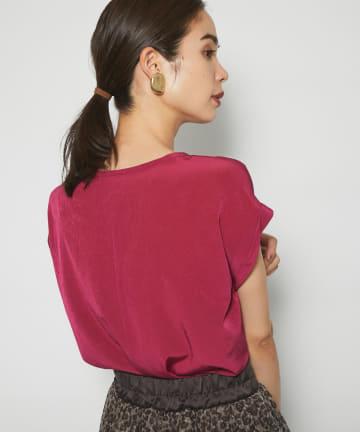 La boutique BonBon(ラブティックボンボン) 【ラフなのにきれい見え・洗える】トリアセ混Tシャツブラウス
