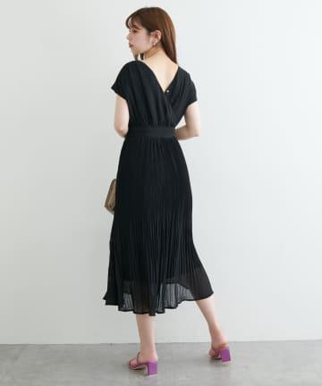 natural couture(ナチュラルクチュール) 【WEB限定】前後2WAYカシュクール細プリーツワンピース