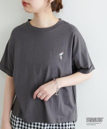 natural couture(ナチュラルクチュール) Snoopyコラボ ワンポイント刺繍ロールアップT
