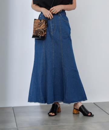 COLONY 2139(コロニー トゥーワンスリーナイン) 裾フリンジ切替デニムマーメイドスカート