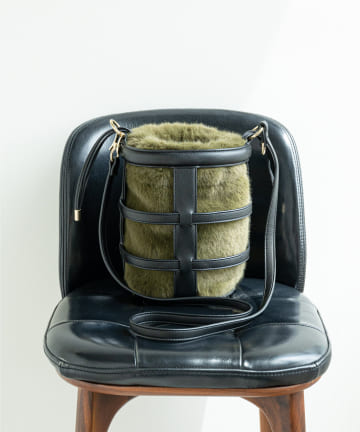 GALLARDAGALANTE(ガリャルダガランテ) エコファーバスケットショルダーバッグ