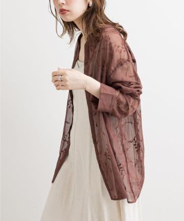 natural couture(ナチュラルクチュール) 【着用動画あり】【WEB限定】フラワー刺繍シアーシャツ