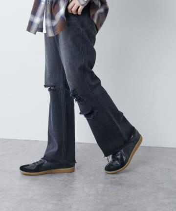Discoat(ディスコート) クラッシュデニムフレア風パンツ