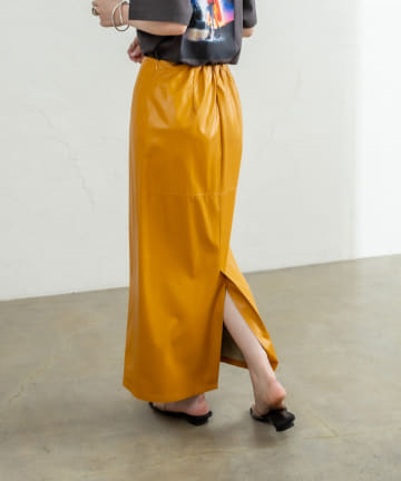 mystic(ミスティック) フェイクレザータイトスカート