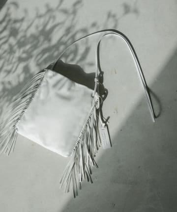La boutique BonBon(ラブティックボンボン) 《予約》【MARCO MASI】サイドフリンジスクエアポシェット