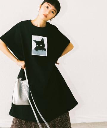 La boutique BonBon(ラブティックボンボン) 《予約》【相川茉穂さんコラボ】Cat close-up! LongTシャツ