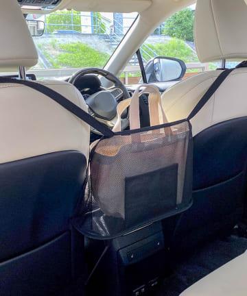 3COINS(スリーコインズ) 【ドライブを快適に】CARバッグ収納