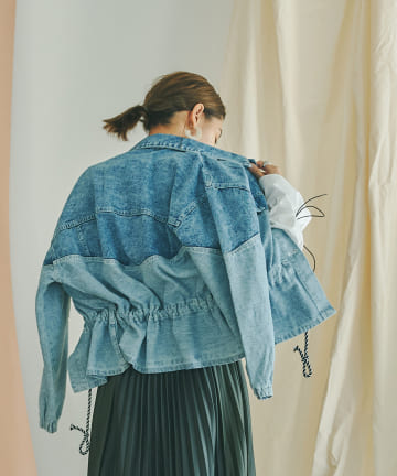 mona Belinda(モナ ベリンダ) カラーブロッキングデニムジャケット