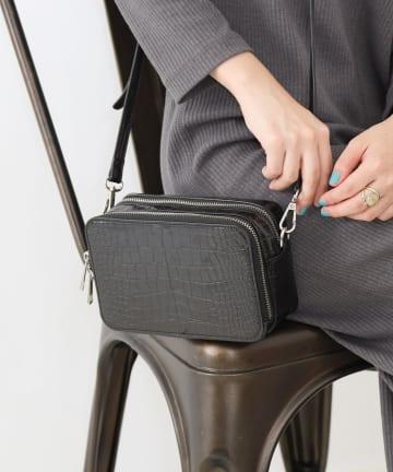COLONY 2139(コロニー トゥーワンスリーナイン) リサイクルレザータッチ お財布ショルダーバッグ