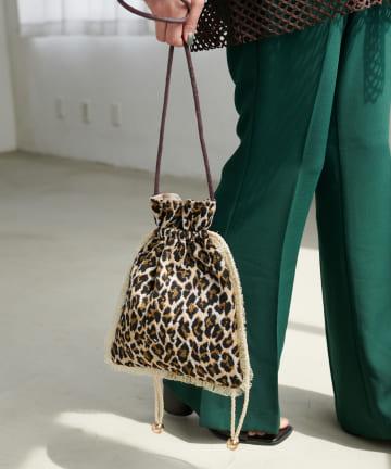 Discoat(ディスコート) 柄ジャガード巾着ショルダーバッグ