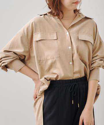 Jena espace merveilleux(ジェナ エスパスメルヴェイユ) ピーチスキンポケット付ビッグシャツ
