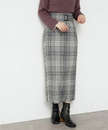 natural couture(ナチュラルクチュール) ベルト付き裾フリンジチェックスカート