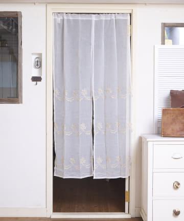 salut!(サリュ) 【お部屋の模様替えに】抗菌防臭プチフラワーのれん
